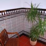 Rompeolas detalle azulejo arabesco